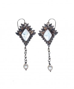 924-25_Sterling_Silver_&_Pearl_Earrings