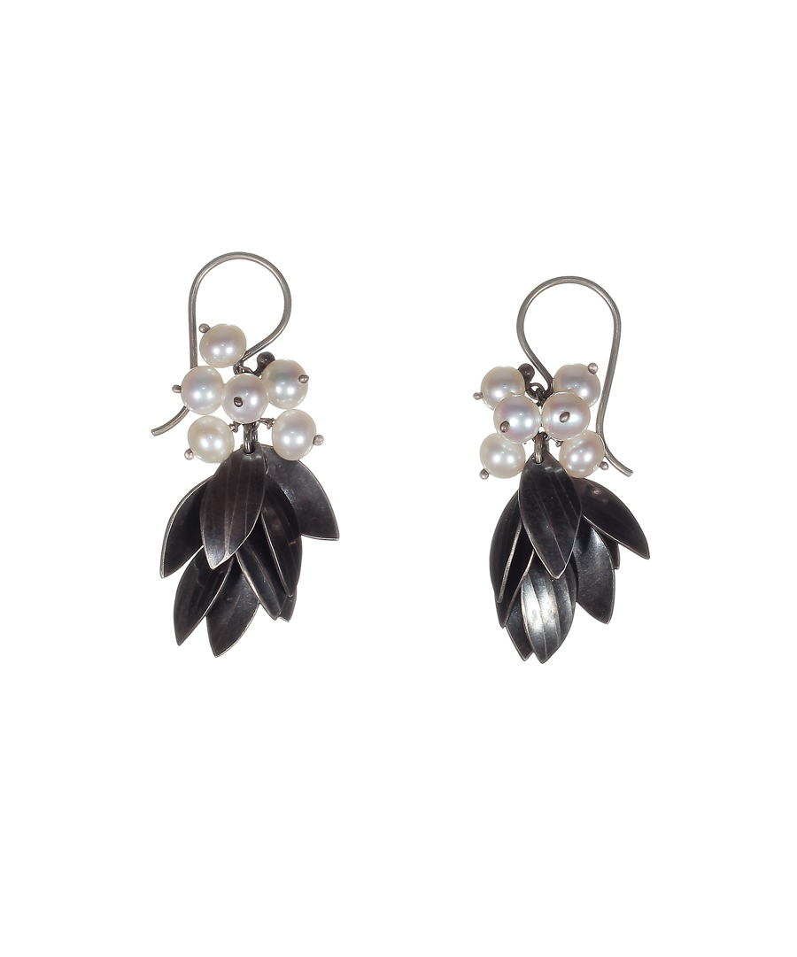 2854-135_Falling_Leaf_Cluster_Earrings.jpg