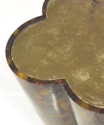 Clover Shell Side Table