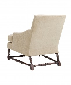 Maud_Lounge_Chair_With_Stretcher_2